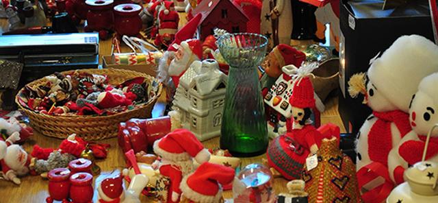 Julestue og tænding af juletræ